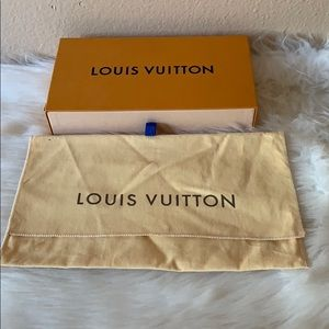 guarantee pre owned Louis vuitton box and wallet